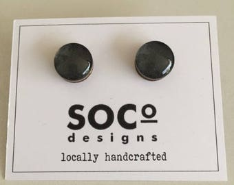 Charcoal glass & wood stud earrings