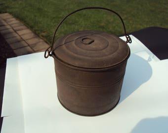 Antique Lunch Bucket, Tin Lunch Bucket,Farmhouse Antiques, Antique Bucket, Berry Bucket, Primitive Bucket, Primitive Lunch Bucket, Tin Pail