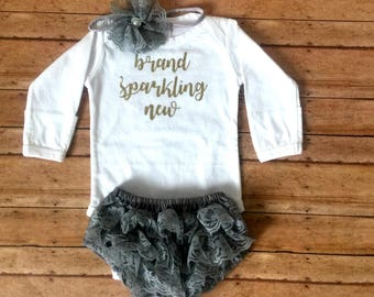 Baby girl coming home outfit, brand sparkling new outfit, new baby outfit, newborn girl outfit, baby ruffle bloomer set, newborn photo prop,