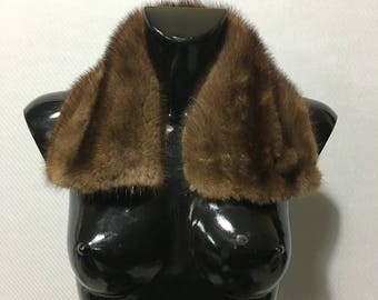 Beautiful Demi buff Mink Fur Collar