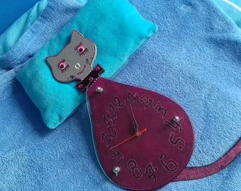 Cute wooden cat clock has hanging 66 / 23 cm