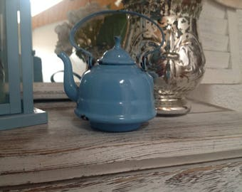 Miniature Kettle, antique, Shabby Chic!