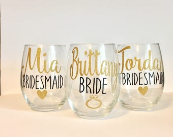 Set of 7 or 8 Bridal Party Wine Glasses | Personalized Bridesmaid Wine Glasses | Custom Wine Glass | Bridal Party Gifts | Bridesmaid Gift