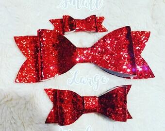 Valentine's headband, valentines hair clip, Glitter Bow, valentines day Bow, baby headband, baby Bow, little girl bow, little girl headband