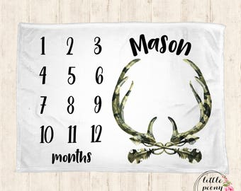 Baby Milestone Blanket- Monthly Milestone Blanket - Baby Blanket - Hunter Blanket - Personalized Blanket - Antler Arrow Blanket