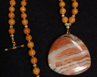Italian Onyx, brown Riverstone, 19in necklace, Pendant, Gold plated