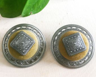 Vintage suede earrings- Big round brown suede 80s style earrings with silver contour, stud backing
