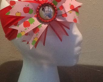 Snow white bottle cap/ apple hair bow/ headband