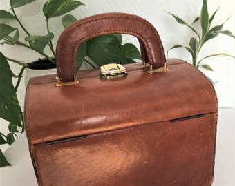vintage 60's leather toiletry bag