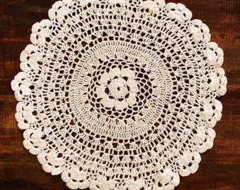 Pack of Cotton Vintage Lace Doily Table Mats Packs of 4 Doilies in each pack: 1x 15 cm, 1x21 cm, 1x25 cm, 1x30 cm
