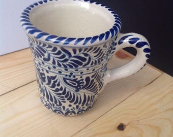 Mug with leaf motive - Free shipping anywhere
