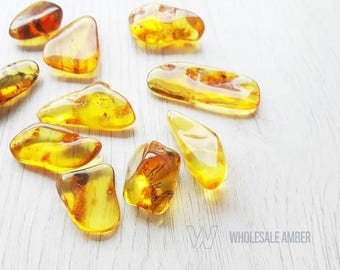 Genuine amber stones. Wholesale amber stones. Yellow amber color, polished amber. Without holes. 10 pieces. SM55