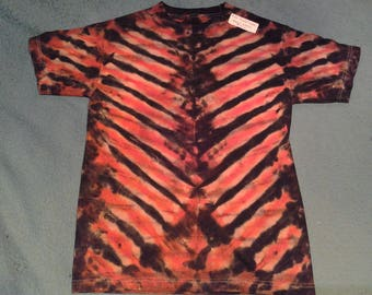 "tie dye t shirt adult small""tigertiger"""