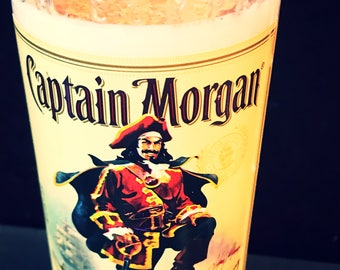 Captain Morgan Spiced Rum Recyled Liquor Bottle Candle, Soy Candle, Spiced Rum Butter Scent, Pirate Candle, Rum Candle, Man Cave Candle