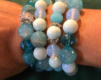 Blue strechy bracelet set