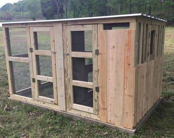 Chicken Coop - The Lodge 6'X10'