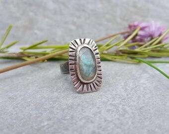 Labradorite shield ring