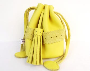 Purse - wallet genuine leather yellow light - wallet woman - made in France.