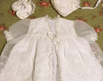 Baby blessing dress  - heirloom baby - baby shower gifts - vintage baby clothes - lace dress and bonnet - newborn portraits -