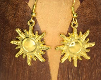 Suns golden metal clips gold tone metal with its rays Sun earrings