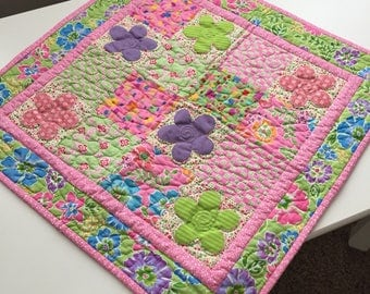Cotton Way June Quilt Table Topper or Wall Hanging