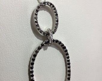 Necklace white gold 750 white diamonds and Black diamonds