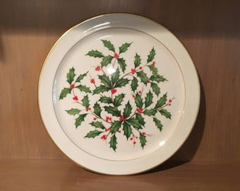 Lenox Holiday (Dimension) 12 - 3/4 inches in diameter Chop Plate/Round Platter