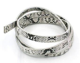 20 cm leather flat imitation snake white 10 x 2 mm