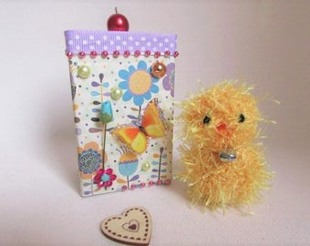small crochet Easter chick in its gift box