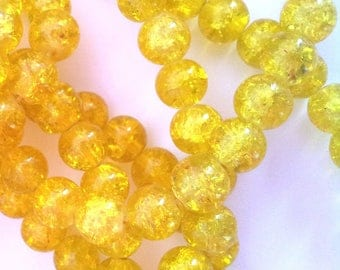 Set of 15 yellow glass beads - cracked 6 mm T36