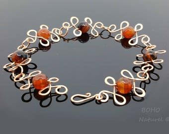 Artisan Hand Forged Copper Bracelet with Faceted Agate Beads. Handmade with 0.8mm Copper Wire and 6mm Semi-precious Beads.