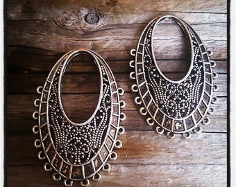 set of 2 silver tone filigree oval