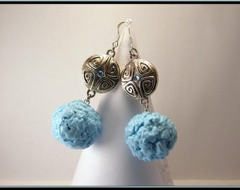 Candy blue thistle in polymer clay earrings.