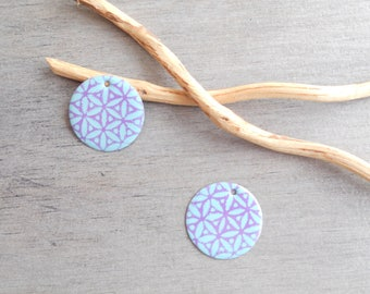 Set of 4 light turquoise and lilac sequins (one side pattern and a solid)