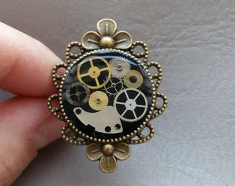 "Bronze Retro resin ring with watch parts ""Steampunk"""