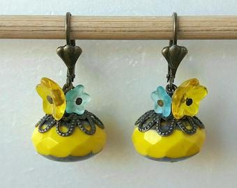 Earrings flowers yellow Bohemian
