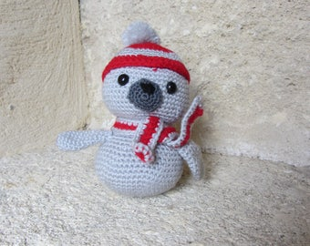 Seal with Hat and scarf crocheted