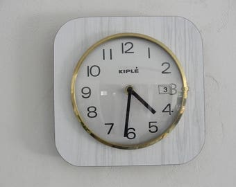 Vintage 70s white formica wall clock