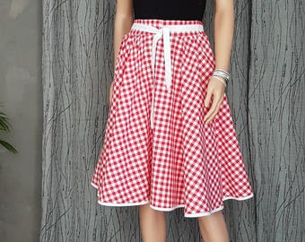 Red and white gingham SKIRT. T 44/58FAIT HAND