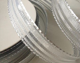 4 meters of armed Silver Ribbon