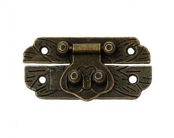 Accessory for the closure of box B 4.7 cm 2 bronze tone
