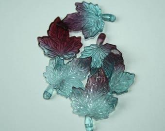 3.5 cm x 6 blue maple leaf charms