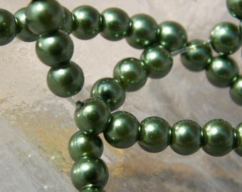 Lot 40 beads 4mm dark green pearl beads