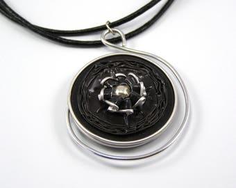 Coffee color capsule necklace black