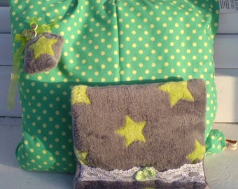 """Pair of """"Cale--skulls"""" fabric blanket gray and green stars"""