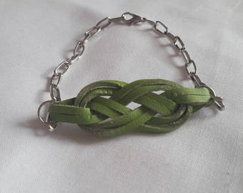 Green sailor knot bracelet silver tone chain
