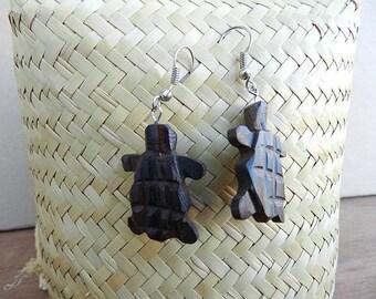 Ethnic turtle earring ebony wood
