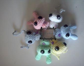 Amigurumi multicolor Aliens with their little hearts