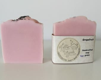 Pink Grapefruit soap // handcrafted cold processed soap // baby shower favours // wedding favours