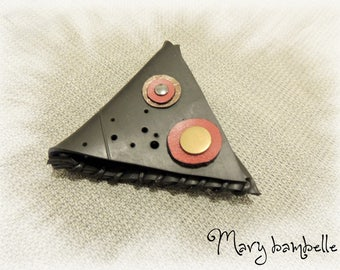 Triangle coin recycled inner tube
